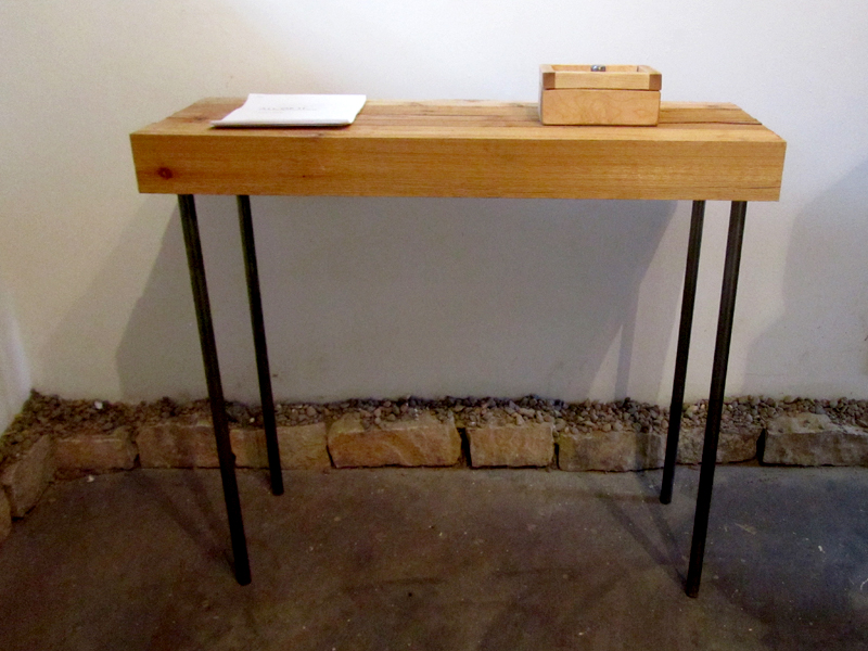 a stable table 2