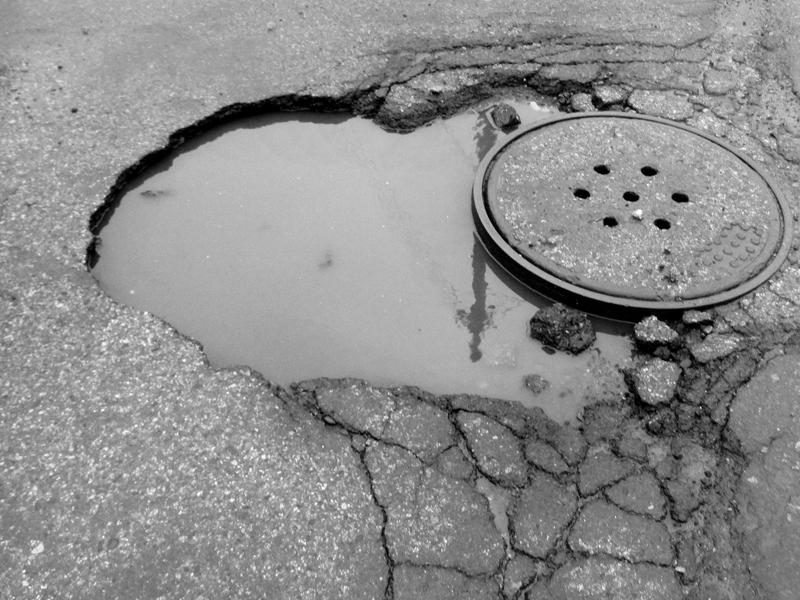 pothole manhole